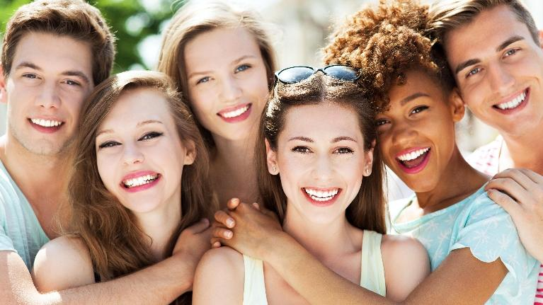 Group of Friends Smiling | Getting a Beautiful Smile Blog | Saticoy Plaza Dentistry