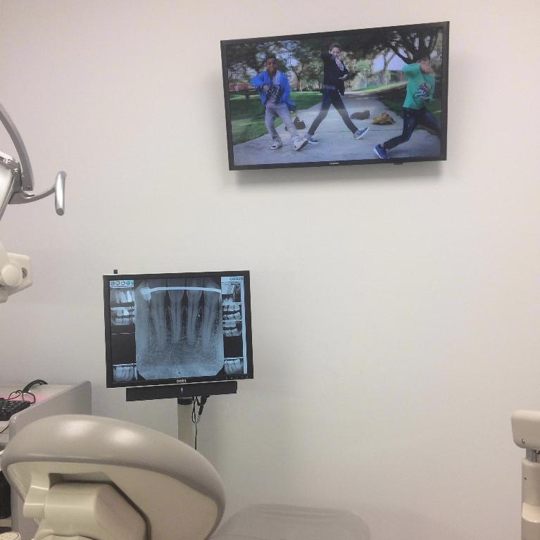 Dental Technology in Van Nuys | TVs in Treatment Rooms